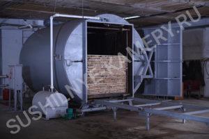 Работает вакуумная сушильная камера объемом 8 кубов на предприятии занимающимся мебельным производством 1+2 в городе Южно-Сахалинск